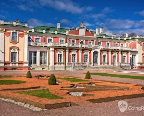 Estonia_Tallinn_Kadriorg_shutterstock_54347752