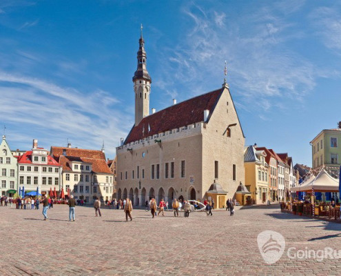 Estonia_Tallinn_Town Hall Square_shutterstock_1181992421