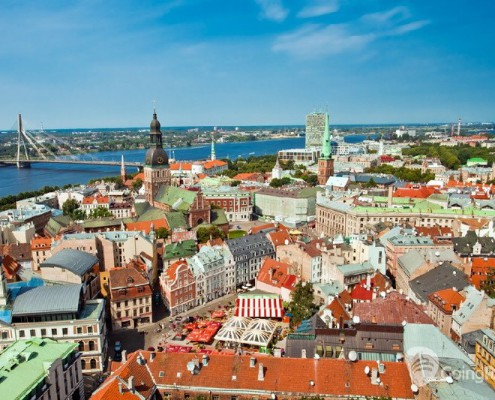 Latvia_Riga_ panorama_shutterstock_71588722