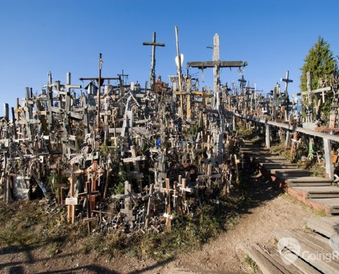 Lithuania_Hill of Crosses_shutterstock_77137546